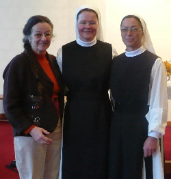 Sr. Maria Johanna und Priorin Sr. Christine Gruber